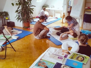 Massage lernen in der Bildungskarenz